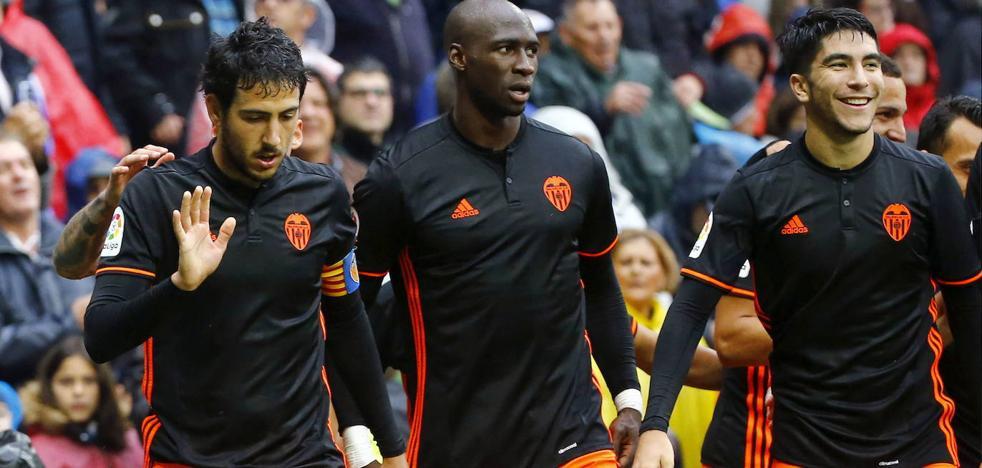 El Valencia ficha a Mangala hasta 2021