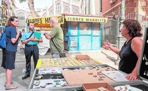 ENCUESTA | ¿Tiene razón el Ayuntamiento con la limitación de los artículos del mercadillo de la Lonja?