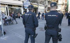 Detenidas en Valencia dos mujeres que entraron a robar a un piso con los dueños dentro