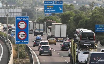 Fomento plantea cobrar por circular en carreteras como A-3, V-30 o by-pass