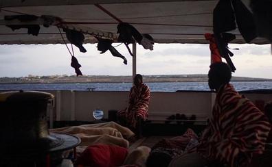 El Open Arms solicita un desembarco urgente por motivos humanitarios que Salvini le niega