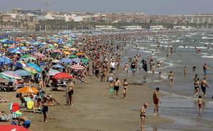 Bandera amarilla en cinco playas de Valencia, hoy jueves 15 de agosto