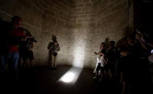 Un rayo de sol en la Sala de la prisión del Miguelete