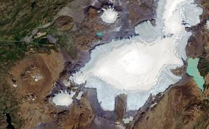 Funeral por un glaciar