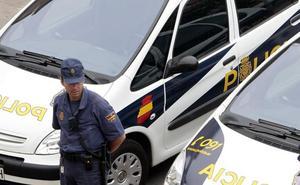 Detenida una mujer por tocarse delante de una menor en Valencia