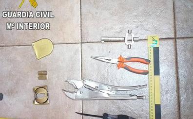 Un guardia civil fuera de servicio ayuda a detener a un ladrón de viviendas en Sueca