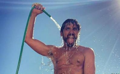 Paco León estalla contra Instagram por 'censurar' su último desnudo