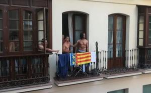 Una pelea acaba a ladrillazos al confundir la Senyera valenciana con la cuatribarrada catalana en la Feria de Málaga