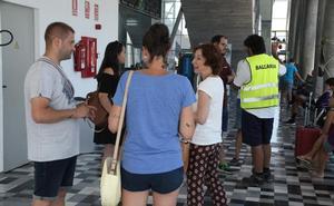 Los evacuados del Ferry de Balearia encallado en Dénia: «No sabíamos como íbamos a salir de allí»