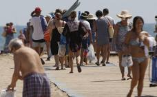 Sanidad prepara un programa de playas sin humo para que se adhieran los municipios