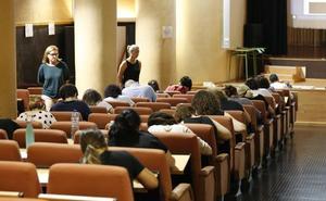 Los profesores interinos consiguen el 77% de las plazas de la oposición