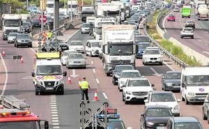 Otro accidente colapsa de nuevo el by-pass durante cuatro horas y media