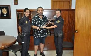 La Policía Nacional recupera un clarinete robado en la Escuela de Música de Dénia