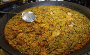 Rescatan viejas recetas de cuando la paella llevaba longaniza, anguila o lomo