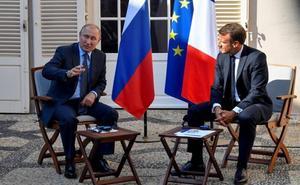 Macron propone a Putin una cumbre para solucionar la crisis ucraniana