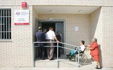 Médicos valencianos denuncian esperas de 15 días para conseguir cita con el médico de familia y el pediatra