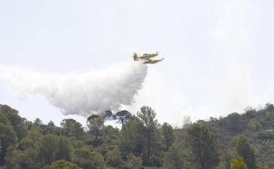 Estabilizado el incendio en el Mas dels Frares de Llíria