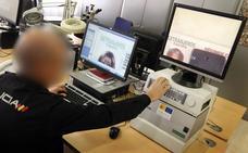 Desmantelan una red de falsificación de documentos que traficaba con ciudadanos chinos