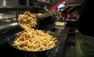 Un niño británico sufre pérdida de visión por comer únicamente patatas fritas