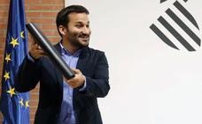 Los padres inician la batalla judicial contra los planes lingüísticos de Marzà