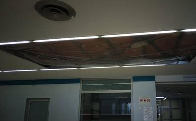 Dos heridos al hundirse un techo junto a la cafetería del hospital Arnau