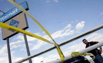 Una pareja herida en el tiroteo en El Paso demanda a Walmart por carecer de la seguridad adecuada