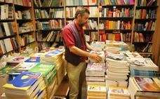 Los editores denuncian presiones para cambiar contenidos de libros de texto