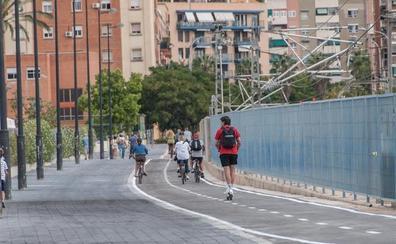 Valencia abre una nueva vía con carril bici y zona peatonal