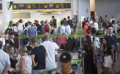Manises se salva de los efectos de la huelga de Ryanair