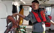 Pescador por un día: el turismo que echa el ancla en la Comunitat