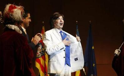Camilo Sesto: «Nunca me he cansado de decirlo: el meu cor és d'Alcoi»