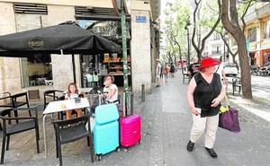 El turismo transforma el centro de Valencia