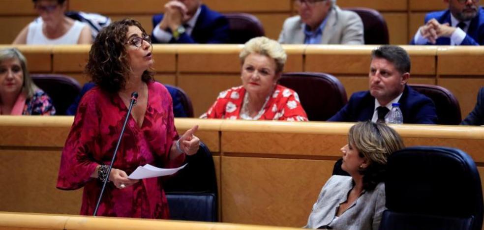 Montero desvincula al Gobierno de la asfixia económica del Consell