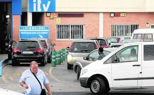 Empresas de ITV alertan a Climent del «colapso» del servicio a partir de enero
