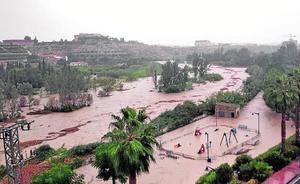 Murcia, incomunicada por las lluvias