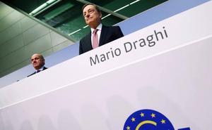Draghi se despide penalizando más el capital inactivo de la banca y comprando más deuda