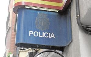 La Policía Nacional cierra las oficinas del DNI en prevención por las lluvias
