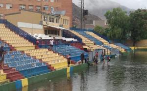 El Orihuela-Atlético Levante, suspendido por el temporal que afecta a la Vega Baja