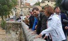 Los políticos visitan las zonas más afectadas por la DANA en la Comunitat