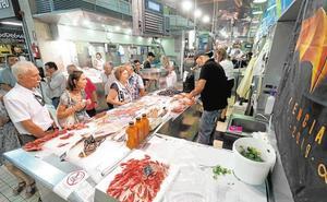 Apoyo masivo a los vendedores en el Mercado Central