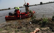 Buzos, perros y un helicóptero buscan al holandés desaparecido en Dolores