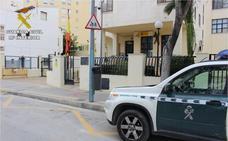 A prisión por violar a la canguro de sus hijos en Calpe a cambio de 'papeles'