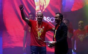 Quino Colom aterriza en Valencia con ganas de nuevos títulos