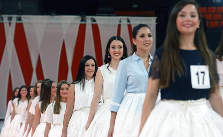 Las candidatas a fallera mayor de Valencia 2020 ensayan el acto de la Fonteta