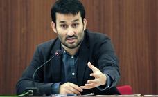 Marzà recupera la ley de educación y la oposición le afea los varapalos judiciales