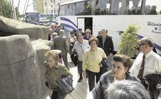 Benidorm obligará a que los autobuses paren el motor cuando esperen a turistas