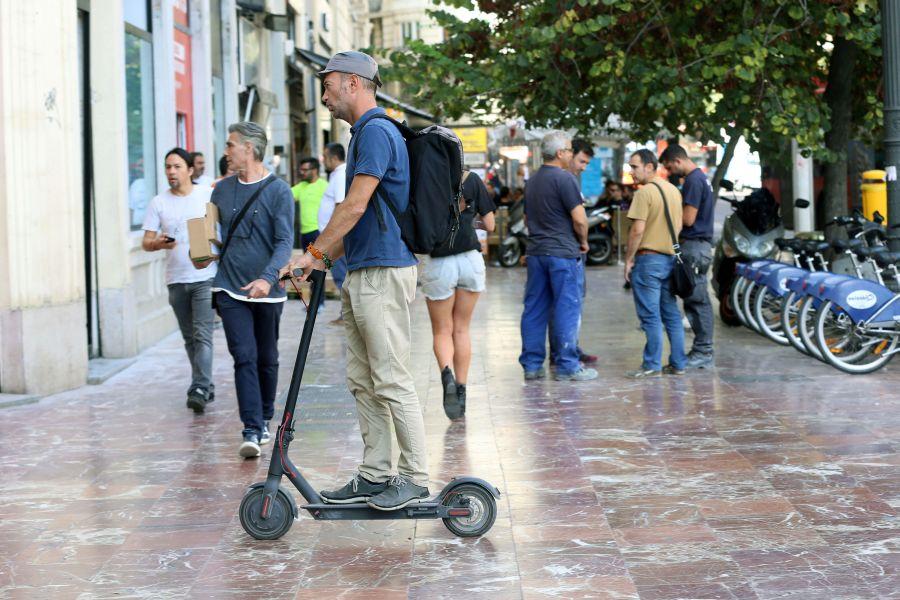 La Policía Local de Valencia comenzará a multar el lunes a los usuarios de patinetes eléctricos