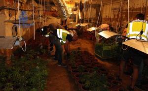Detienen a tres personas en Torrent y Monserrat por tráfico de drogas y tenencia ilícita de armas