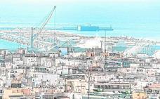 Ayuntamiento y Generalitat, contra la planta de depósitos de combustible
