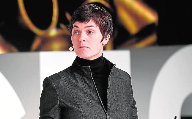 Ellen MacArthur, nacida para darle la vuelta al mundo